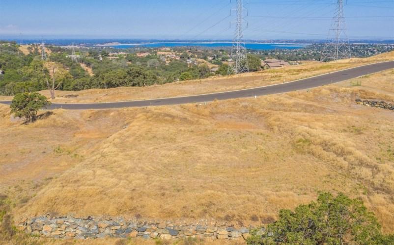 4901 Greyson Creek Drive, El Dorado Hills, CA 95762
