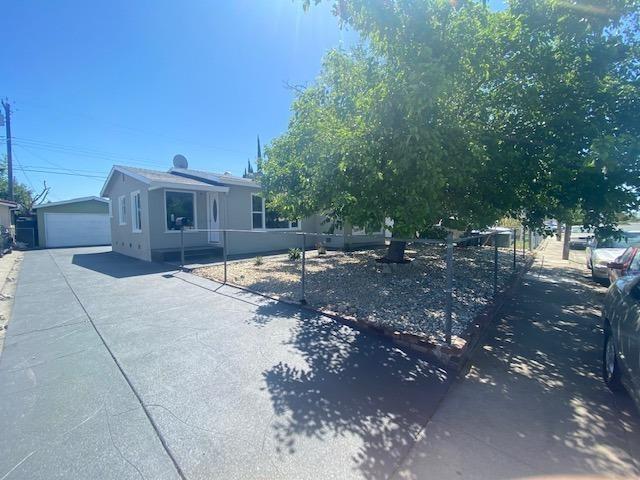 6208 Watt Avenue, North Highlands, CA 95660