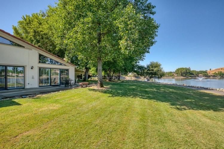 7012 Colina, Rancho Murieta, CA 95683