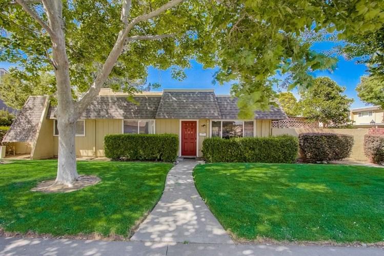 758 W Lincoln Avenue  #104, Woodland, CA 95695