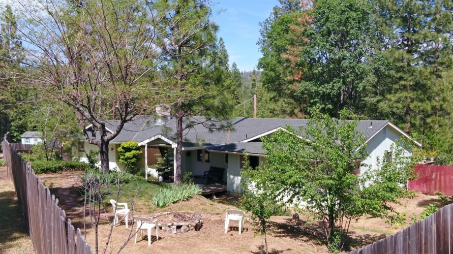 6480 Sierra Drive, Coulterville, CA 95311