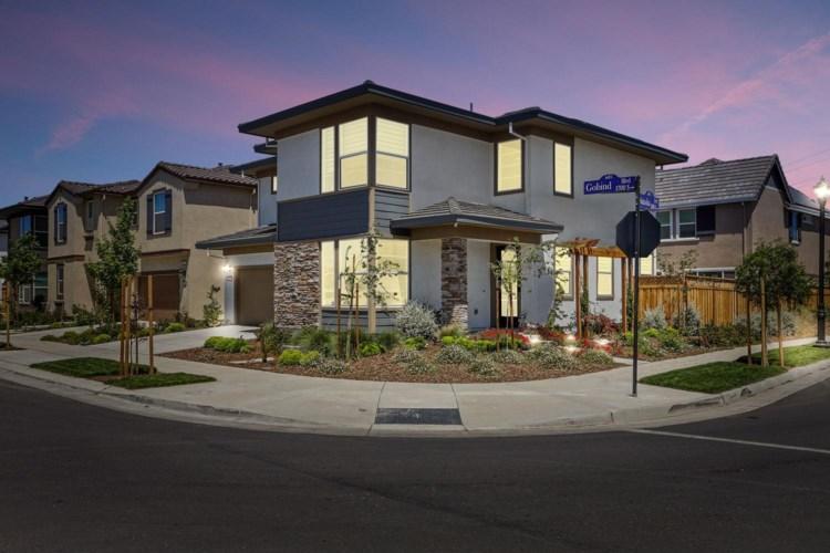 1692 S Kerry Boulevard, Mountain House, CA 95391