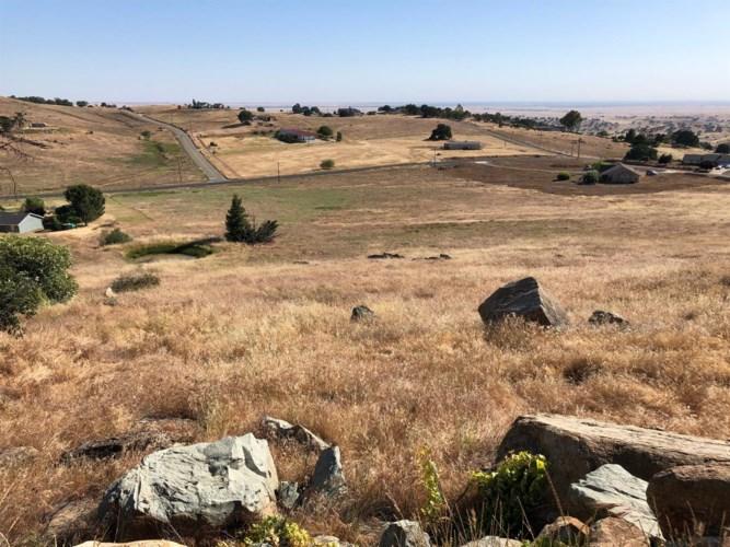 9681 Picadero Way, La Grange, CA 95329