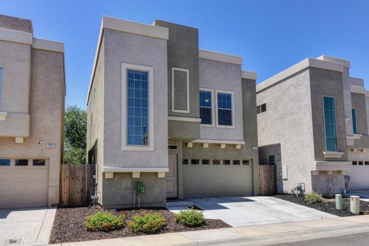 3735 Immaculata Street, Sacramento, CA 95838