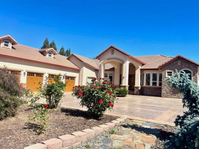 8769 Winding Way, Fair Oaks, CA 95628