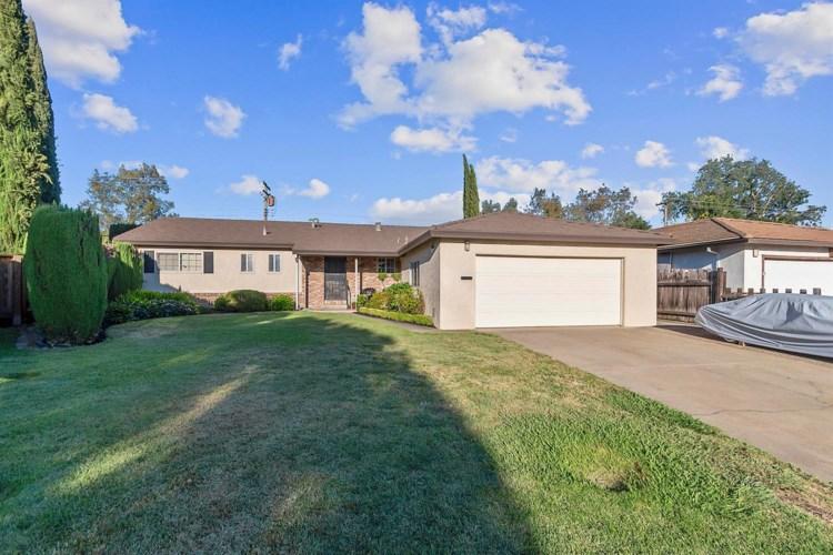 1370 Palomar Circle, Sacramento, CA 95831