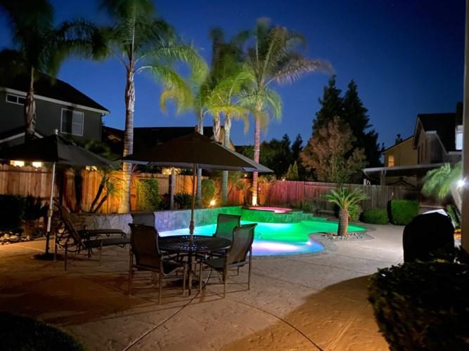 1067 Brook View Lane, Manteca, CA 95337