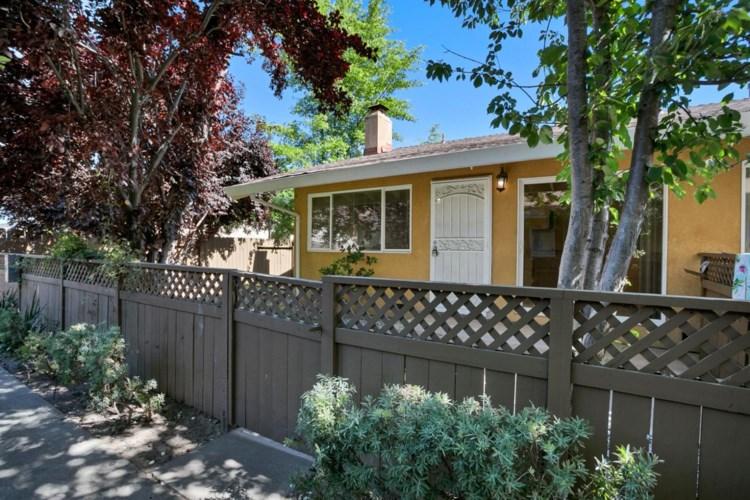 5010 Bremner Way  #4, Sacramento, CA 95841
