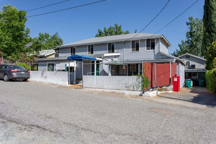 131 Glenwood Avenue, Grass Valley, CA 95945