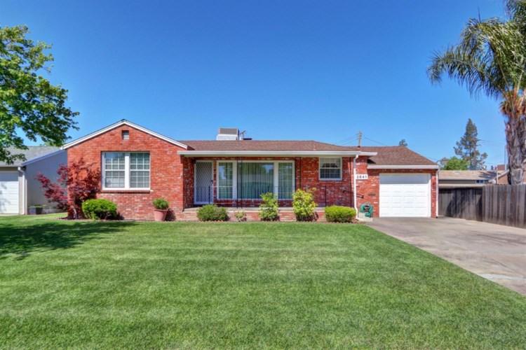 2841 Avalon Drive, Sacramento, CA 95821