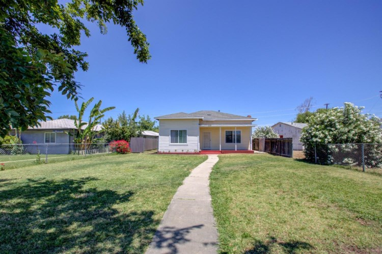 333 W Childs Avenue, Merced, CA 95341