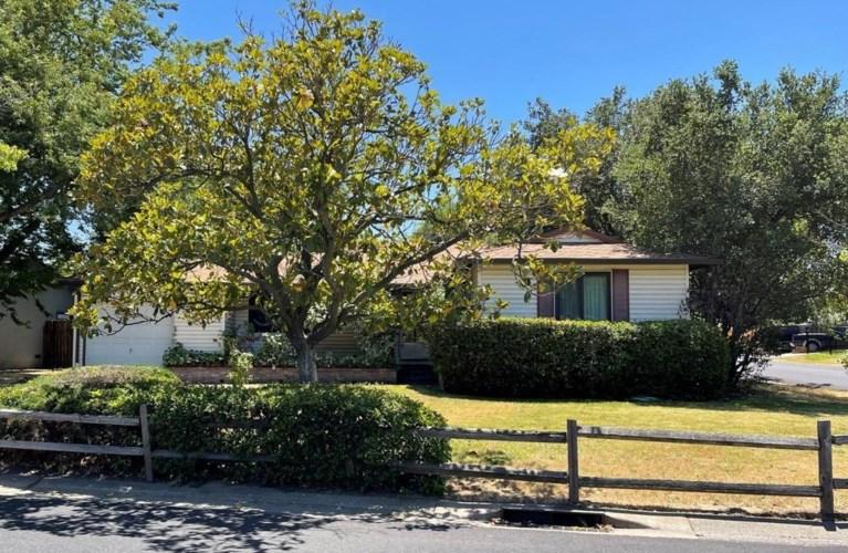 2900 Maison Way, Sacramento, CA 95864