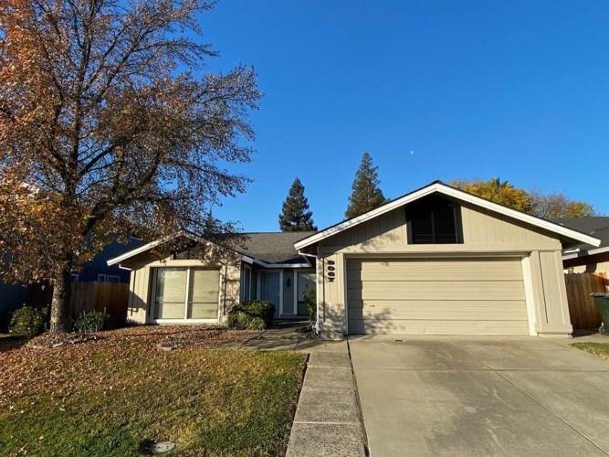8067 Darien Circle, Sacramento, CA 95828