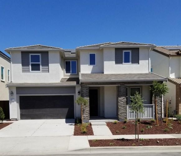1813 ShellHammer Drive, Woodland, CA 95776