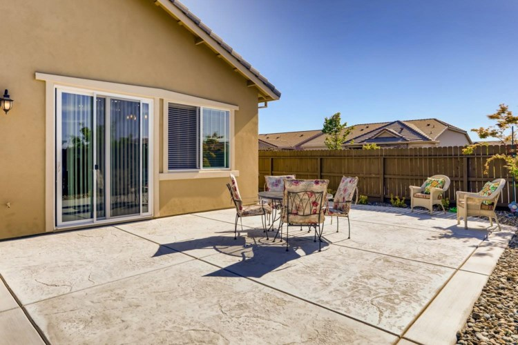 2046 Fawndale Lane, Lincoln, CA 95648