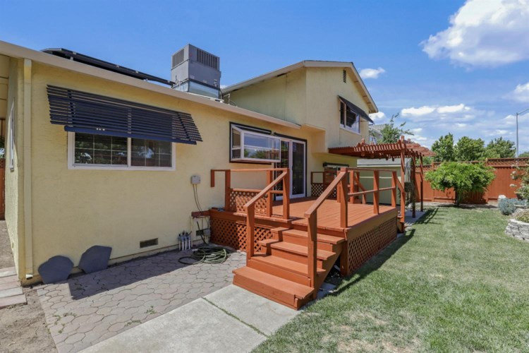 2934 Carreen Court, Tracy, CA 95376