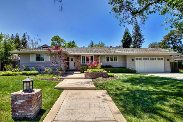 1805 Rolling Hills Road, Sacramento, CA 95864