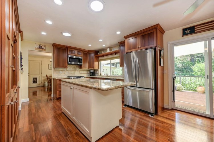 5873 Cold Springs Drive, Foresthill, CA 95631