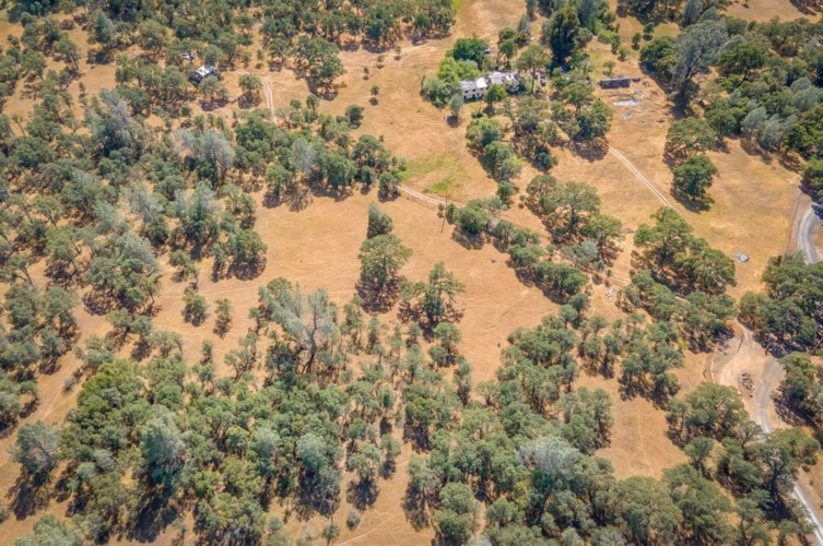 9941 Spring Hill Ranch Road, Angels Camp, CA 95222
