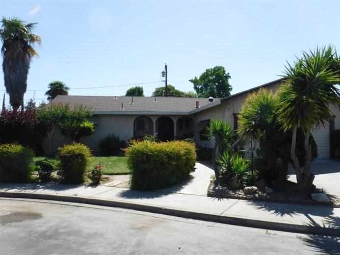 2200 Loyola Way, Turlock, CA 95382