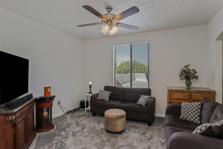 907 N Central Avenue, Tracy, CA 95376