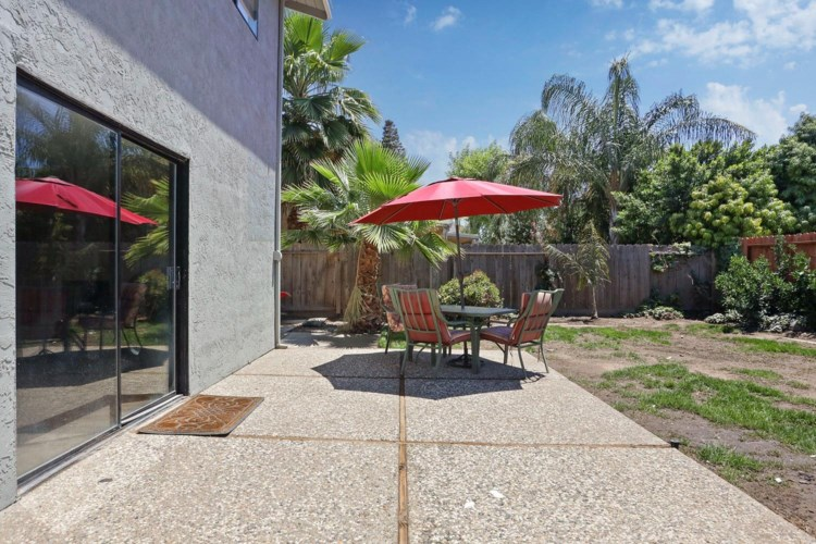 9865 Country Meadow Drive, Stockton, CA 95209
