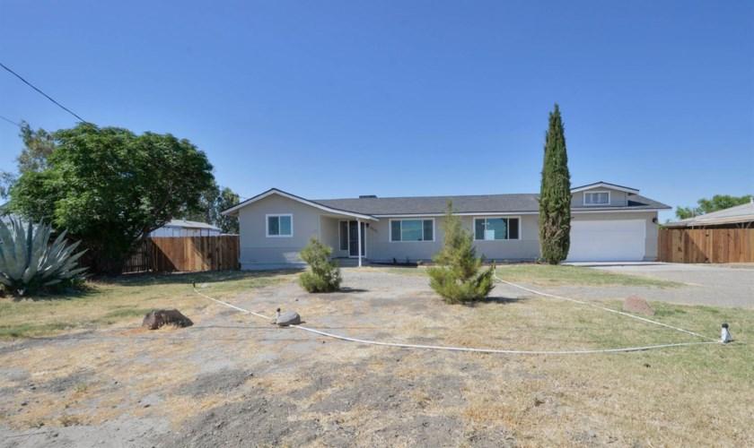 8842 W Christian Avenue, Dos Palos, CA 93620