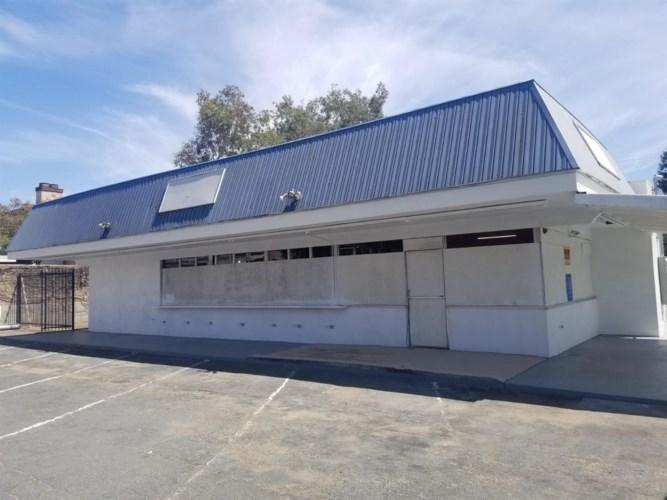 2834 Walnut Avenue, Carmichael, CA 95608