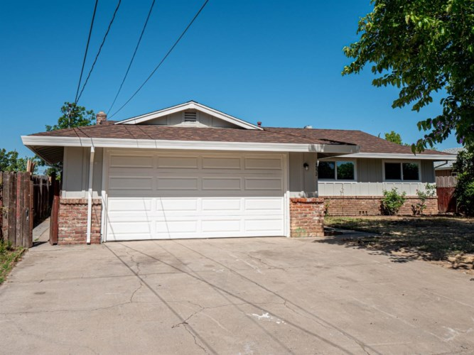 4552 Meadow Way, Olivehurst, CA 95961