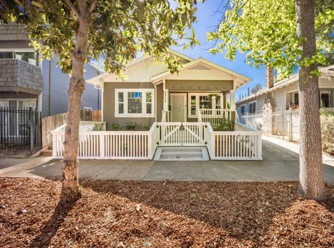2209 17th Street, Sacramento, CA 95818