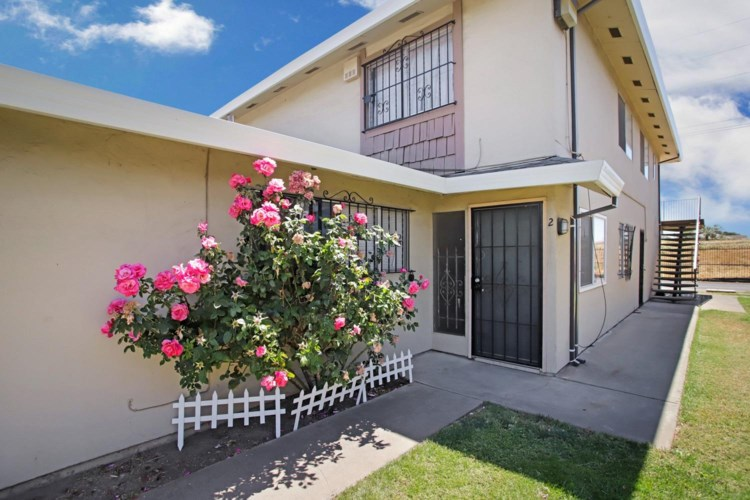 502 Caribrook Way  #2, Stockton, CA 95207