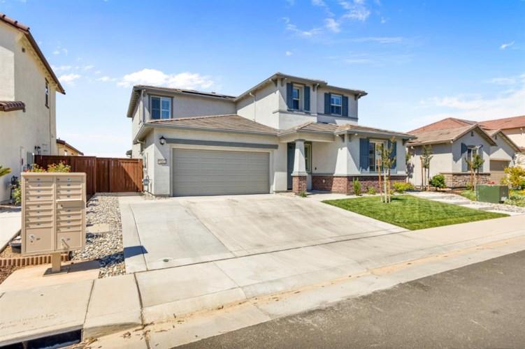 9161 Buckeye Way, Sacramento, CA 95829