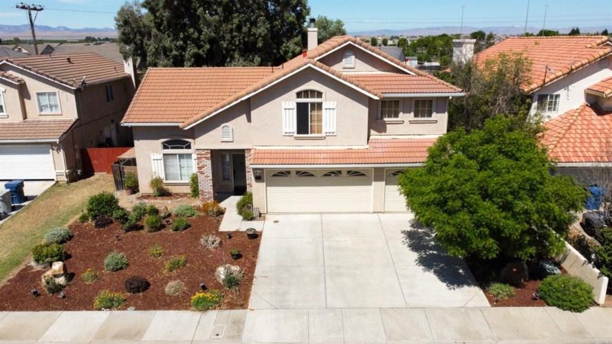 1833 Walter Drive, Los Banos, CA 93635