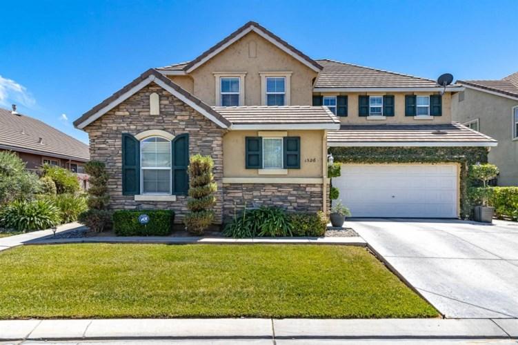 1526 Oasis Lane, Patterson, CA 95363