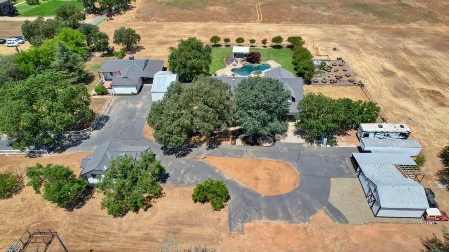 12425 Pear Lane, Wilton, CA 95693