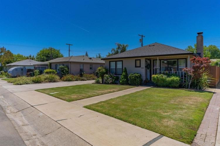 512 Windsor Drive, Lodi, CA 95240