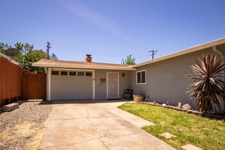7206 Parish Way, Citrus Heights, CA 95621