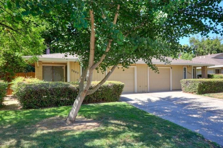 7985 La Riviera Drive, Sacramento, CA 95826