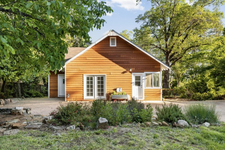 10306 Durbrow Road, Grass Valley, CA 95945