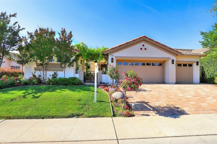 1308 Picket Fence Lane, Lincoln, CA 95648