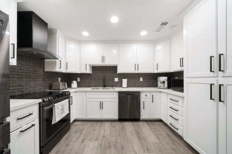 7330 Villa Del Sol Lane, Citrus Heights, CA 95621