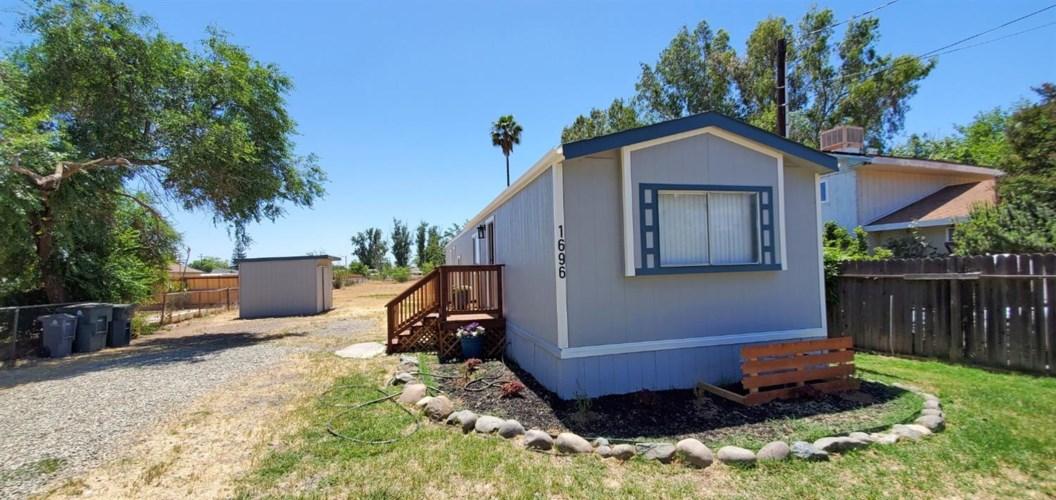 1696 10th Avenue, Olivehurst, CA 95961