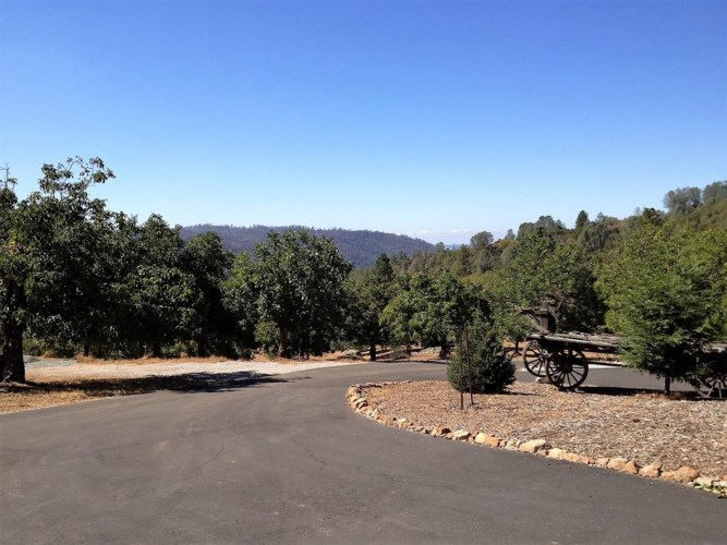 2352 Spink RD, West Point, CA 95255
