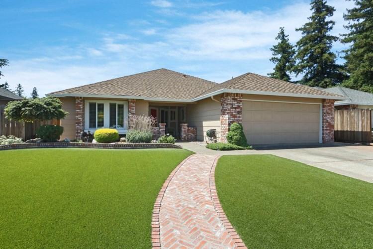 570 Sandpiper Circle, Lodi, CA 95240