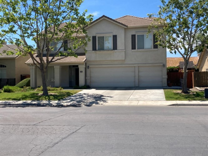 1015 Cardoza Road, Los Banos, CA 93635