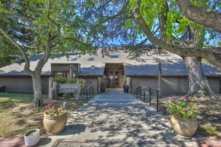 2474 Larkspur Lane  #367, Sacramento, CA 95825