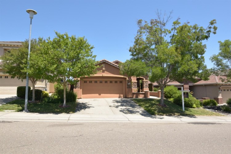 2220 Owl Meadow Street, Folsom, CA 95630