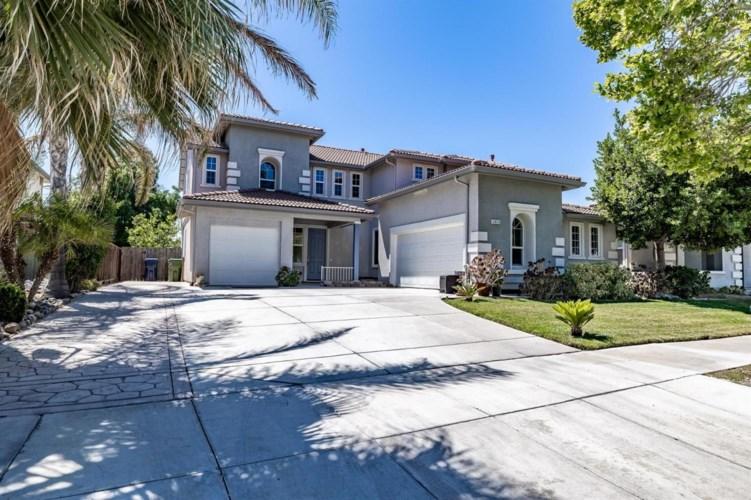 2413 S Creekside Drive, Los Banos, CA 93635