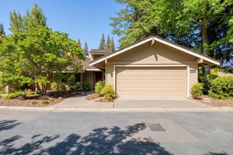 2040 University Park Drive, Sacramento, CA 95825