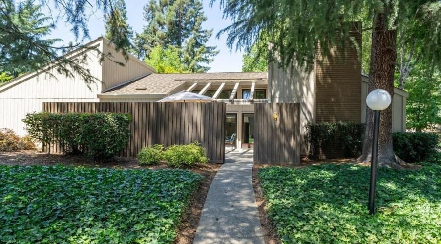 711 Elmhurst Circle, Sacramento, CA 95825